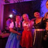 Ein paar der KGB Damen